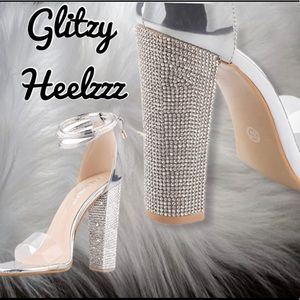 Shoes - 💎Glitzy Iced out heels